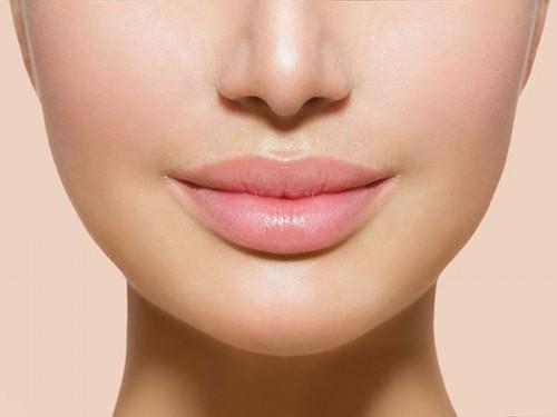Лазерное омоложение и увеличение губ